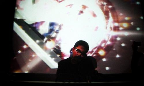 DJ Taku Takahashi